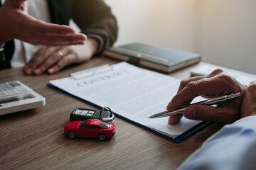 Schnäppchenjagd in der Autoversicherung hat begonnen