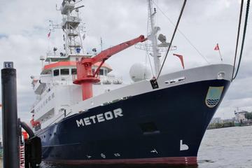"""Azoren-Expedition der """"Meteor"""": Forscher untersuchen Unterwasserwolke"""