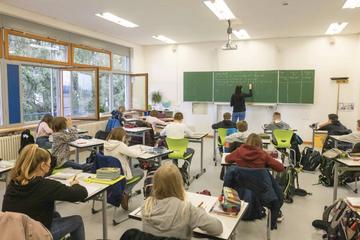 Corona in Baden-Württemberg: Befreiung vom Präsenzunterricht erschwert, Zwangsgeld möglich