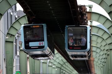 Ein Jahr nur Wochenendfahrten: Wuppertaler Schwebebahn fährt wieder täglich