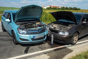 Crash in Ostsachsen: Audi und Opel krachen zusammen
