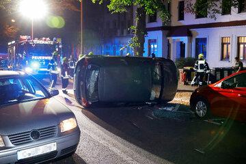 Schwerer Crash in Chemnitz: VW-Fahrerin kracht betrunken in Gegenverkehr