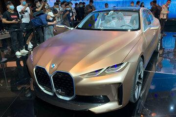 """Der """"Tesla-Fighter"""": BMW geht mit dem i4 in Serienproduktion"""