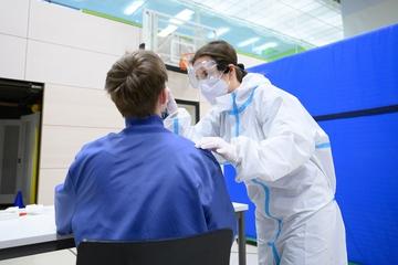 Dresden: Coronavirus in Dresden: Sachsen lockert Testpflicht an Schulen