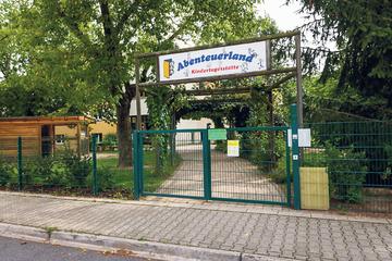 Dresden: Mädchen über Jahre missbraucht: Angehender Erzieher suchte gezielt Kontakt zu Kindern