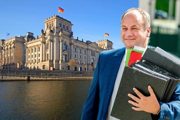 Minister-Gerüchte um OB Hilbert: Bundestags-Wahlkampf macht Dresdner Parteien nervös