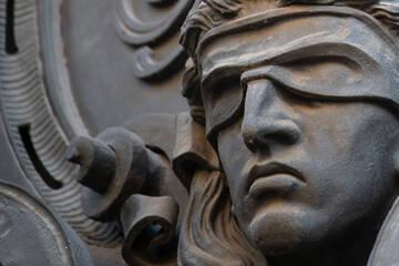 Einbrechertrio vor Gericht: 110.000 Euro in einem Monat erbeutet