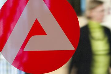 Frankfurt: Sommerloch am Arbeitsmarkt in Hessen? Fehlanzeige!