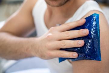 Wärme oder Kälte bei Verletzungen: Diese Fehler passieren immer wieder!