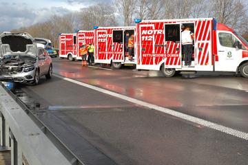 Unfall A44: Unfälle nach Hagel-Schauer auf A44: Vier Menschen verletzt