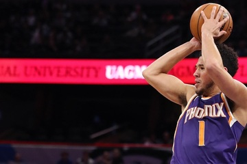NBA Playoffs: Booker has a huge career game as the Suns take Game 1 from the Clippers