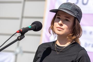 """""""1,5 Grad sind nicht verhandelbar"""": Luisa Neubauer kündigt Mega-Klimastreik an"""