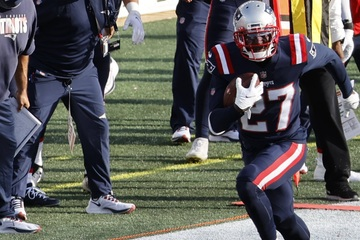 NFL: Four picks by New England's defense help the Patriots ground the Jets