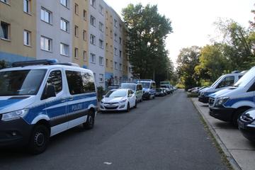 Mann findet Ehefrau (52) tot in gemeinsamer Wohnung: Tötungsdelikt vermutet