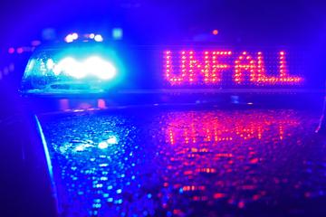 Unfall A3: Auto kommt bei Starkregen ins Schleudern! Drei Menschen bei Unfall verletzt