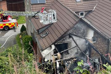 Wintergarten brennt aus: Feuerwehr steht vor Herausforderung