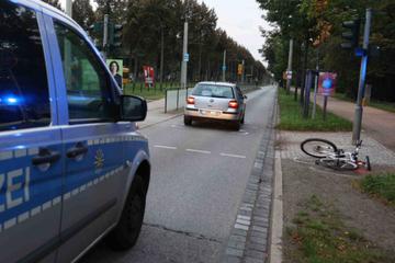Crash am Großen Garten: Radfahrerin nach Kollision verletzt