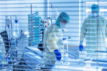 Coronavirus in Frankfurt und Hessen: Sieben-Tage-Inzidenz erneut gesunken