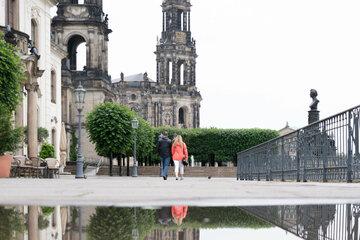 Dresden: Coronavirus in Dresden: Sachsen hebt Maskenpflicht im Freien auf