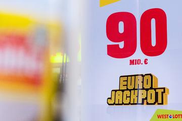 Eurojackpot: 90-Mio.-Euro-Gewinner träumt vom eigenen Fußballclub