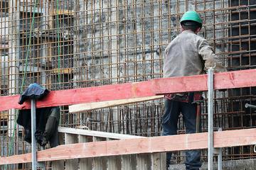 Arbeitslosigkeit in NRW steigt leicht, doch Coroma-Erholung ist in Sicht