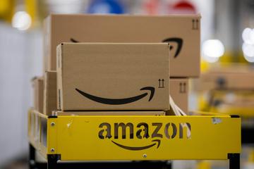 Amazon führt Grundgehalt in Versandzentren ein