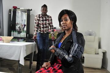 Chemnitz: Kenianische Familie verprügelt: Staatsanwalt ermittelt gegen vier Polizisten