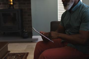 Vater hat bitteren Verdacht: Log Frau über Rekord-Geburt von zehn Kindern?