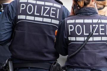 Verdacht auf rechtsextremistische Vereinigung: Durchsuchungen in mehreren Bundesländern