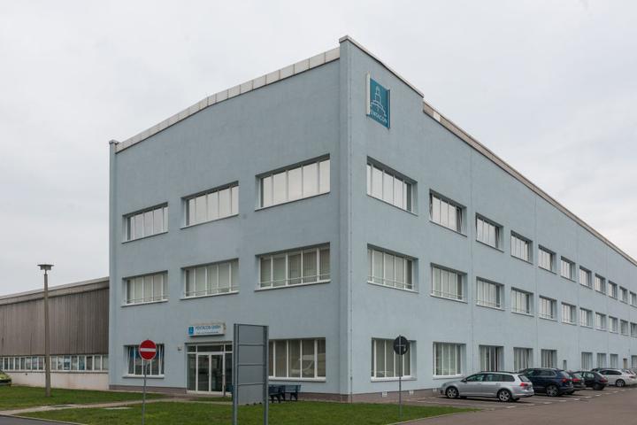 Die Dresdner Feinwerkfirma Pentacon (127 Mitarbeiter) am Standort in  Seidnitz.