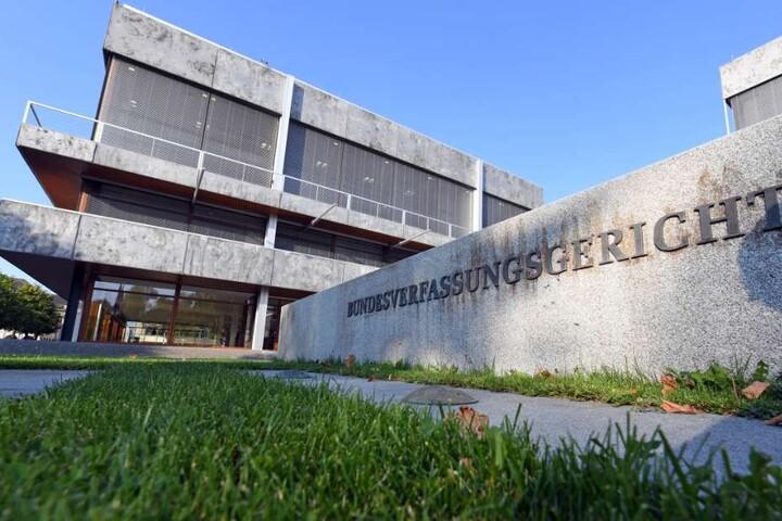 Nun liegt die Sache beim Bundesverfassungsgericht in Karlsruhe. (Symbolbild)