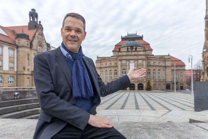 Intendant Christoph Dittrich (50) will sein Theater an einem Standort  konzentrieren.