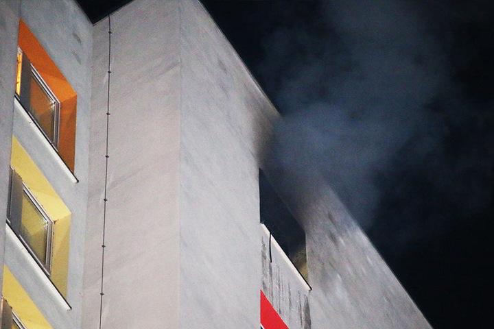 In der 17. Etage des Hochhauses brannte es.
