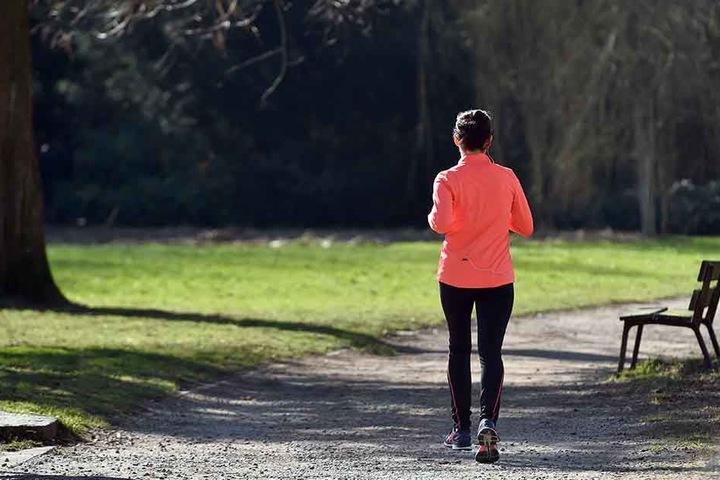 Ob laufen, walken, joggen, sprinten oder gehen - wichtig ist die Bewegung.