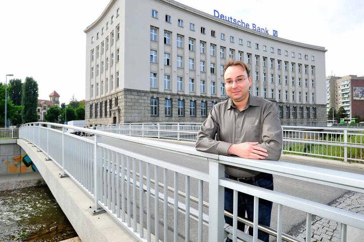 Sandro Schmalfuß (38) initiierte den Beschlussantrag zum Bärenbrunnen.