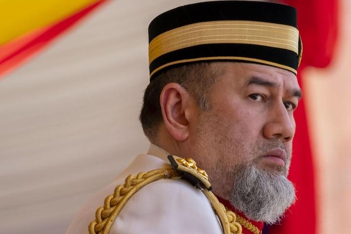 Der malaysische Regent Muhammad V. macht russische Beauty-Queen zu seiner Königin. Er ist fast doppelt so alt wie sie!