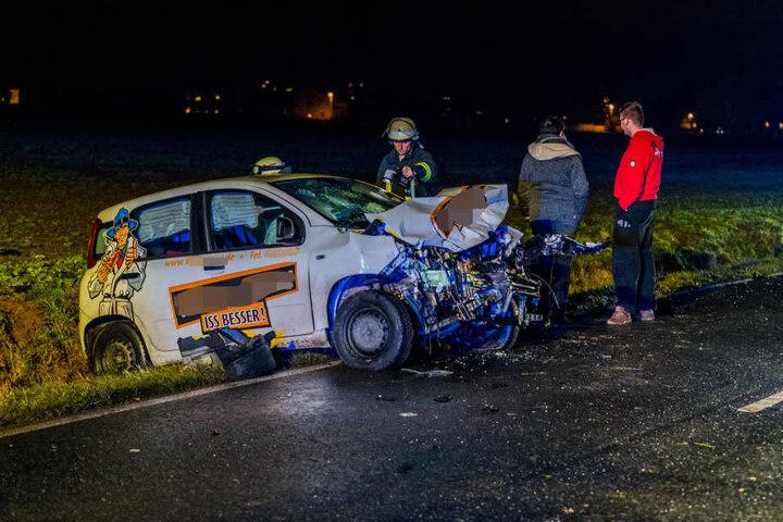 Die Frau im Fiat musste ins Krankenhaus gebracht werden.