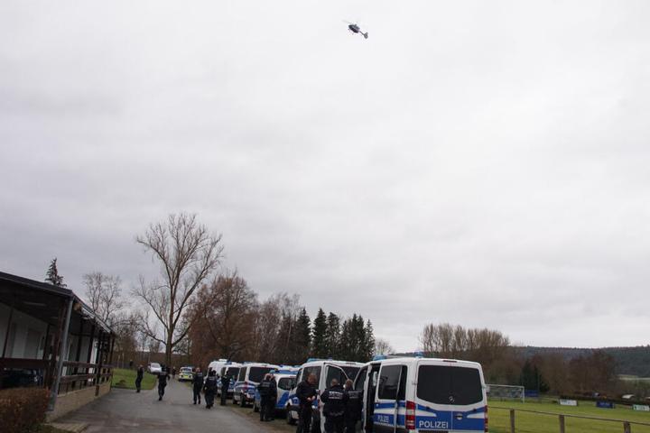 Am Donnerstag war ein Großaufgebot der Polizei auf der Suche nach dem Mädchen.