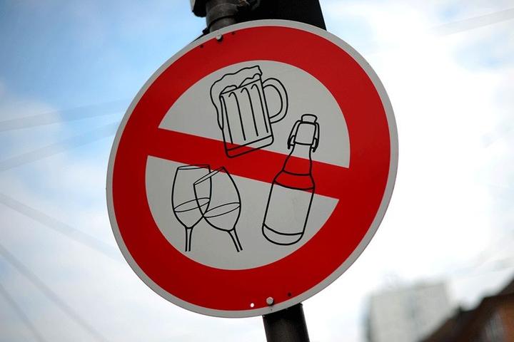 Das Alkoholverbot droht.