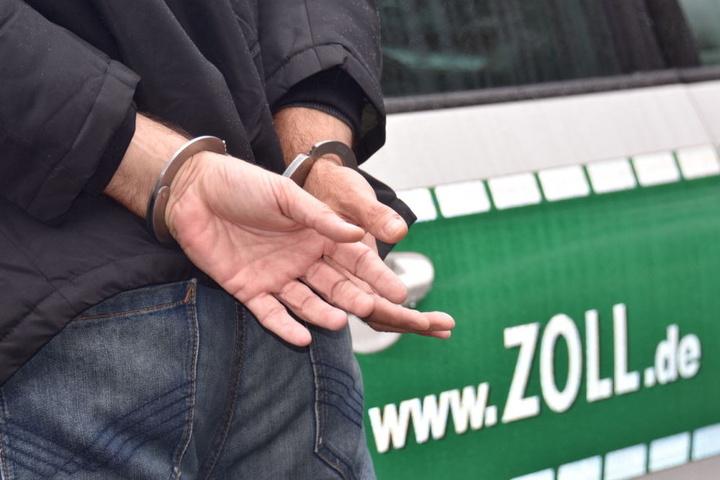 Die Schmuggler wurden festgenommen. (Symbolbild)