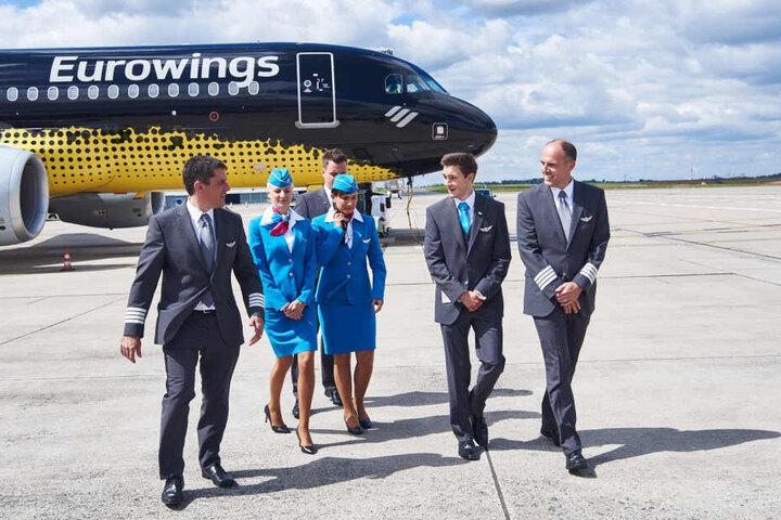 Ein offizielles Foto von Eurowings zeigt den BVB-Flieger aus der Nähe.