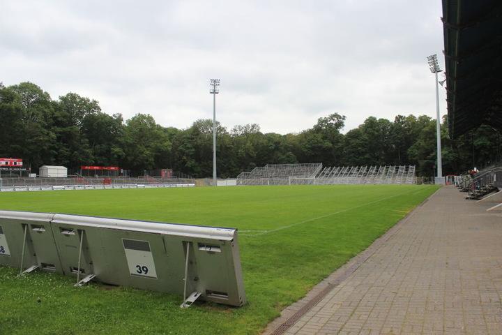 Nach Abschluss der Bauarbeiten wird der Sportpark Höhenberg 10.001 Plätze bieten.