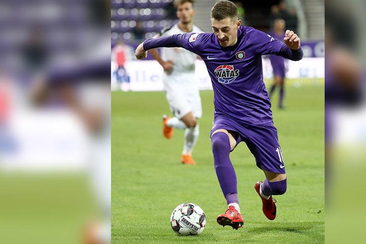 Eigentlich ein großartiger Fußballer. Aber zurzeit bringt Mario Kvesic sein Können nicht auf den Rasen.