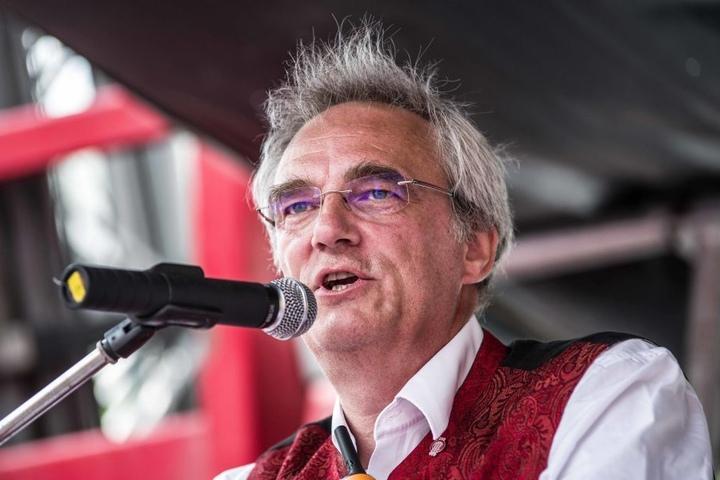 Florian Ritter spricht sich lautstark gegen das neue PAG aus.