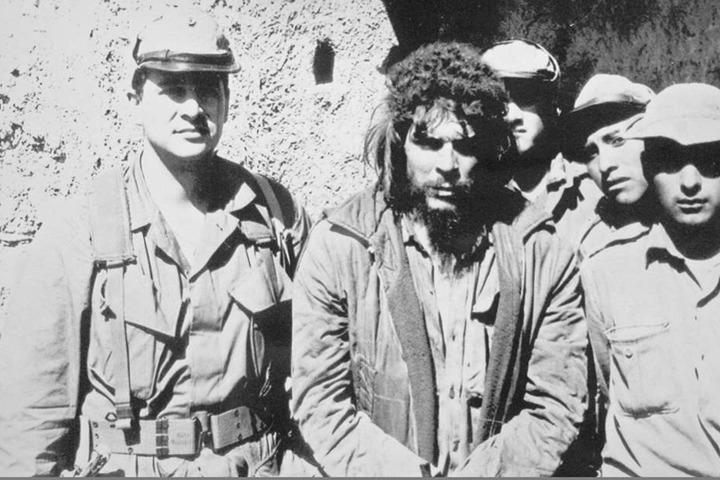 Das vielleicht letzte Foto des noch lebenden Che, aufgenommen kurz vor seiner Hinrichtung.