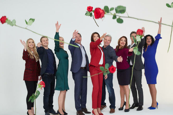 """Die Schauspieler von """"Rote Rosen"""" haben nach der Verlängerung allen Grund zur Freude."""