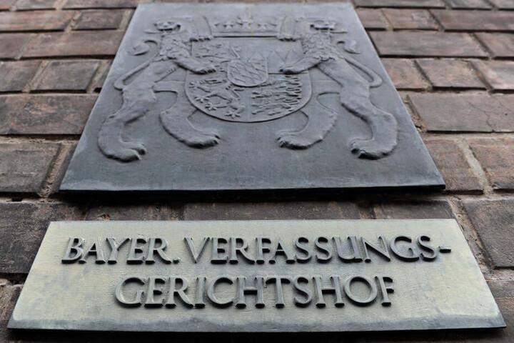 Die AfD will beim Bayerischen Verfassungsgerichtshof Klage einreichen.