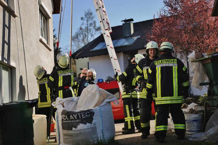 Als die Feuerwehr mit der Leiter kam, ging es plötzlich ganz schnell.
