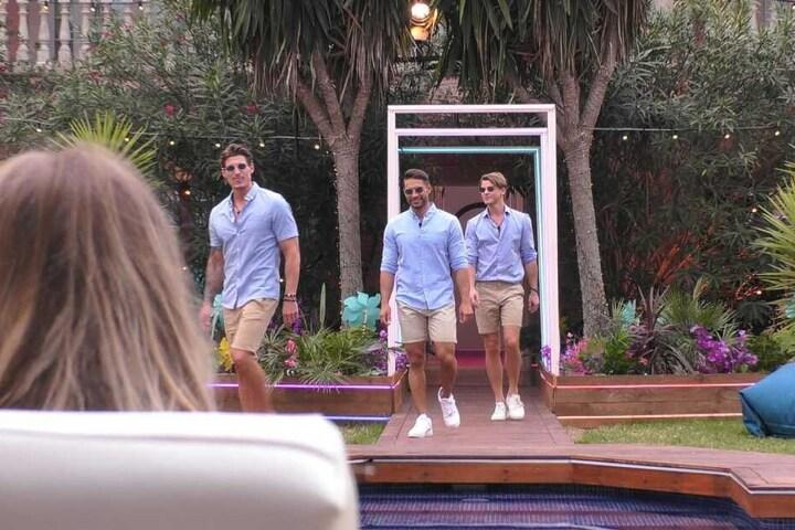 Am Dienstagabend zogen die drei neuen Granaten Sidney, Philipp und Aleksandar in die Villa ein.
