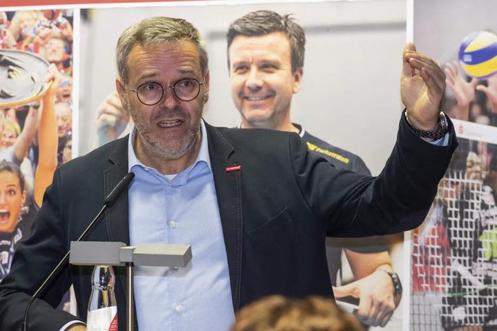 Jörg Dittrich machte klar, dass noch mehr als 130.000 Euro im Etat für die kommende Saison fehlen.